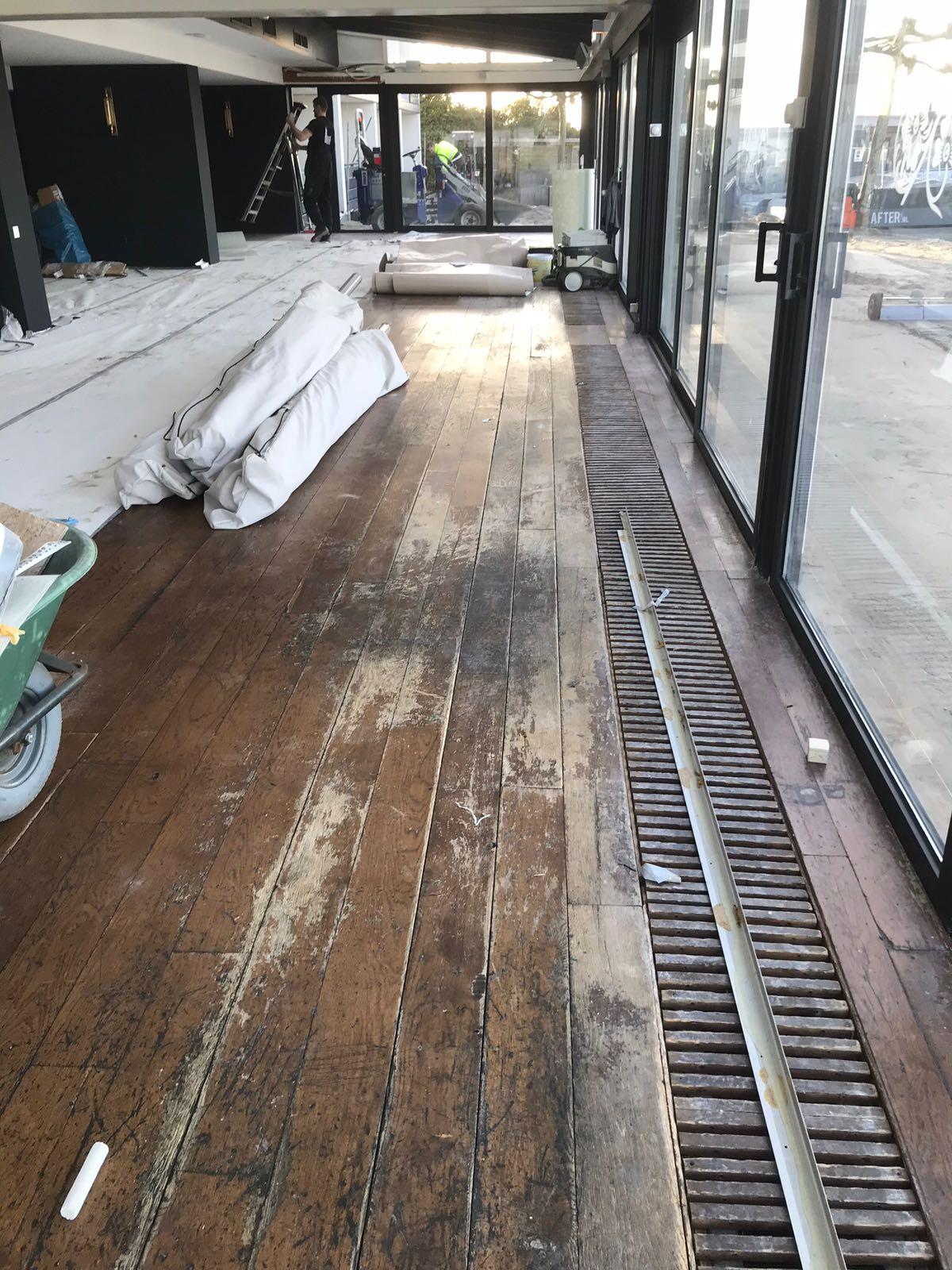 restaureren van een houten dansvloer